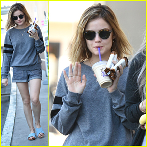 Lucy Hale Wouldn T Go Back To Long Hair At All Lucy Hale Just Jared Jr