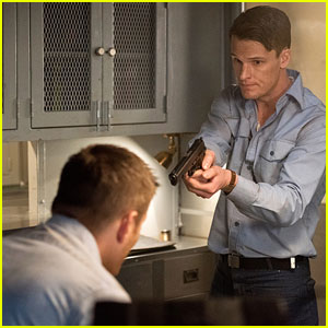 Dean Goes Back in Time on Tonight's 'Supernatural'