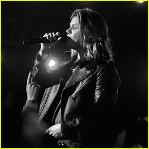 Conrad Sewell Talks His Emotional 'Remind Me' Video: 'I Wanted A Tear Jerker'