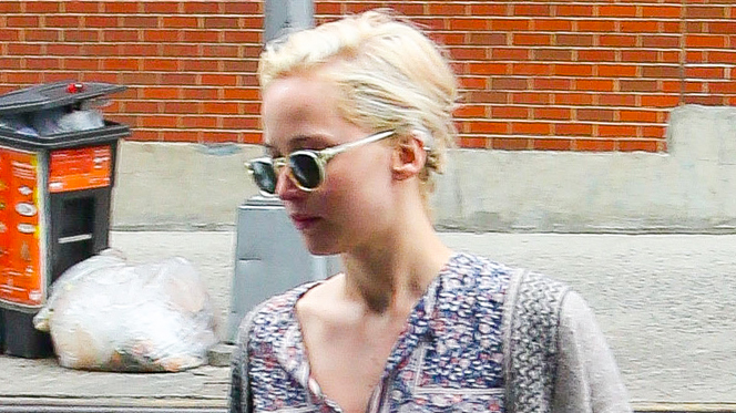 Jennifer Lawrence Shows Off Bare Legs in Chilly Big Apple