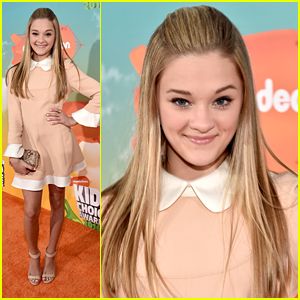 Lizzy Greene Steps Out For Kids Choice Awards 2016 with 'Nicky, Ricky, Dicky & Dawn' Bros