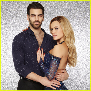 Peta Murgatroyd & Nyle DiMarco Use 'Hand Signals & Cues' for 'DWTS' - Watch Now