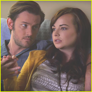 Jenna Wants To Move In With Luke & Sadie Goes Insane In 'Awkward' Midseason Trailer