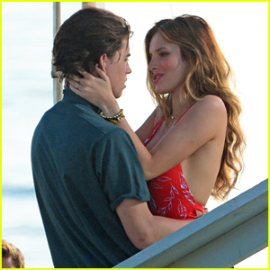 Bella Thorne & Nash Grier Share Steamy Kiss Scene on the Beach!