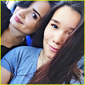Demi Lovato Threatens To Press Charges Against A Stalker Fan