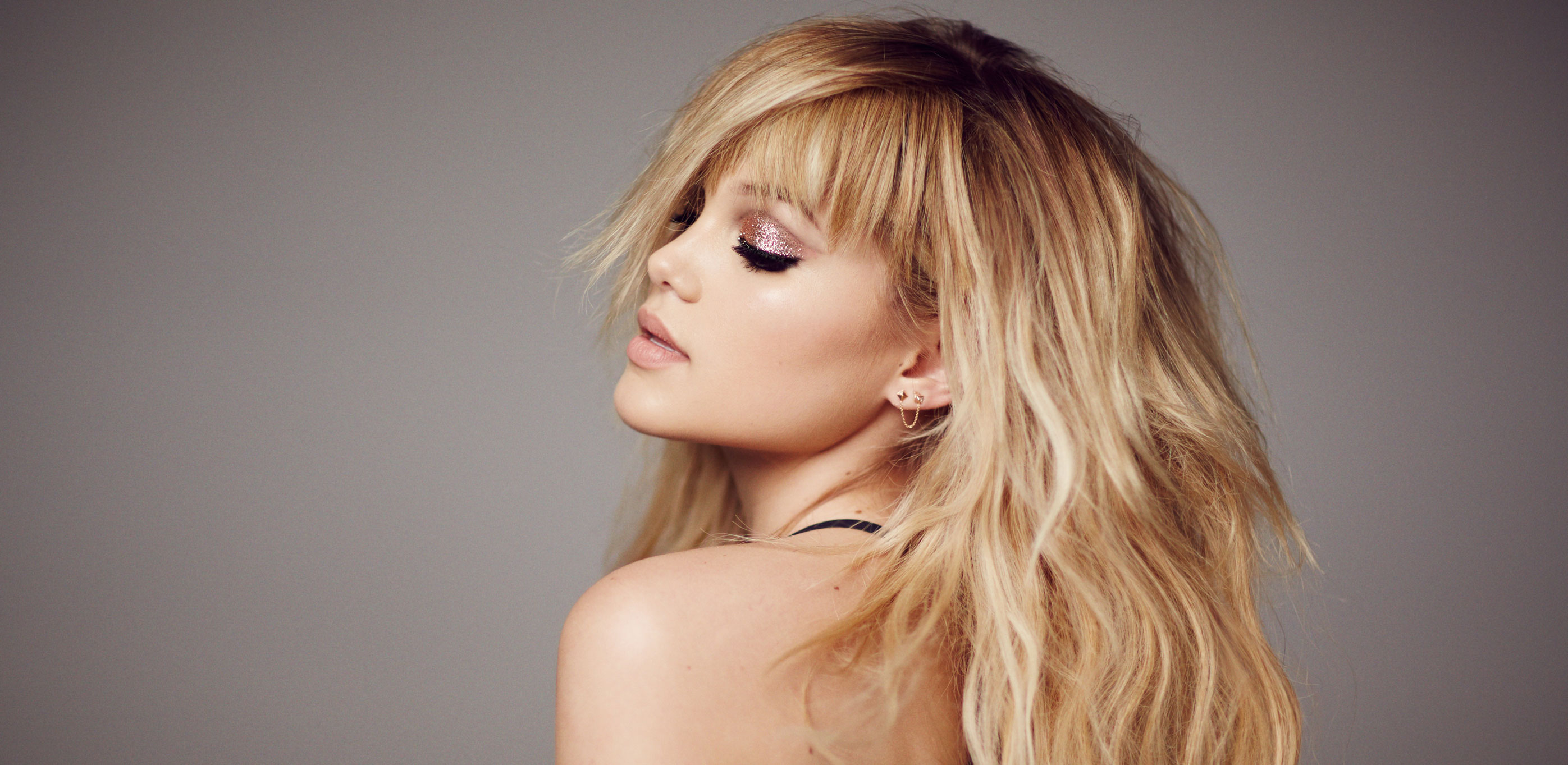 Olivia Holt Shows Off Her Gorgeous Hair In New Mane