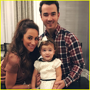 Kevin & Danielle Jonas Pregnant With Baby #2!