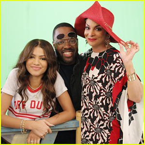 K.C. Reunites Her Mom With Her Sister on Tonight's 'K.C. Undercover'