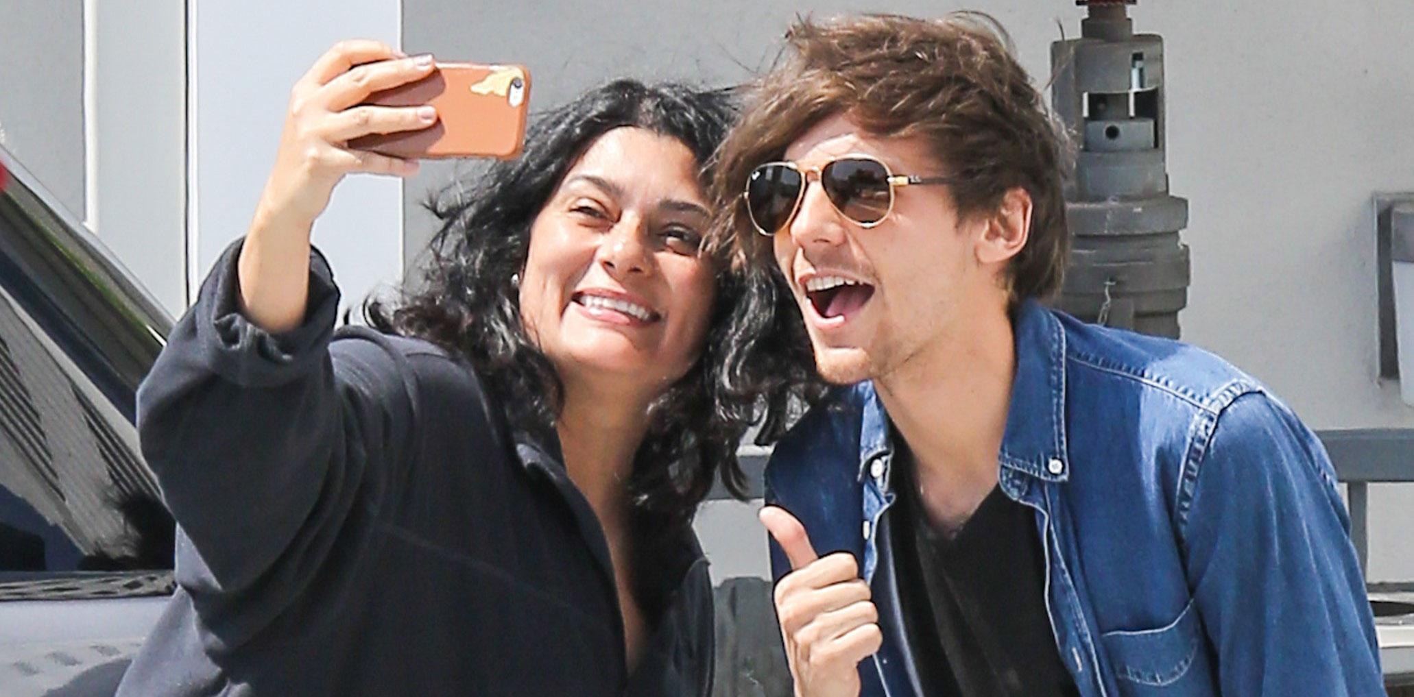Louis Tomlinson Sisters Update: Louis Tomlinson Takes Fan Selfies While Outside Starbucks