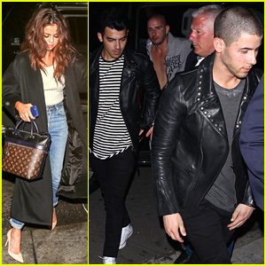 Selena Gomez, Nick, & Joe Jonas Head to an Award Show After Party!