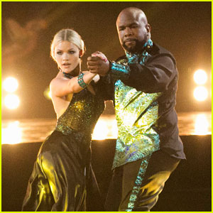 Witney Carson 'Holds Back the River' With Wanya Morris on 'DWTS'