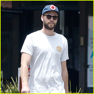 Liam Hemsworth Felt 'Emasculated' By Racing Competition
