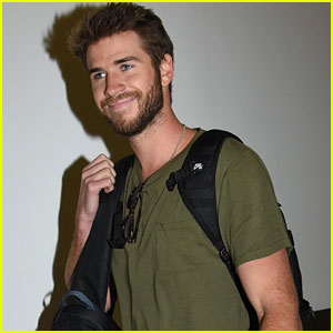 Liam Hemsworth Did Not Love His 'Independence Day' Spacesuit