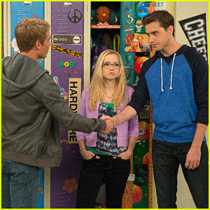 Get The Scoop On 'Liv & Maddie' Live Play This Weekend   Liv