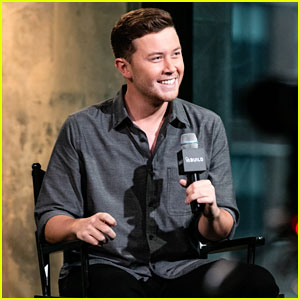 Scotty McCreery Joins SnapChat While Promoting New Book