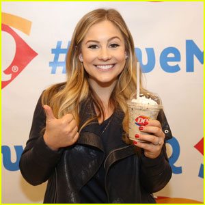 Shawn Johnson Gets Her Coffee Fix in NYC