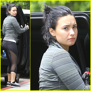 demi lovato makes appearance after wilmer valderrama