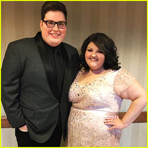 The Voice's Jordan Smith is Married!