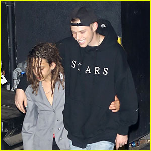 Moises Arias & Harry Hudson Go Clubbing Together!