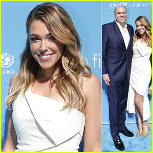 Rachel Platten Takes Dad Paul to UNICEF Children's Champion Award Dinner