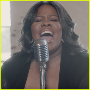 Amber Riley Performs 'I Am Changing' & Opens Up About Joining the 'Dreamgirls' Cast