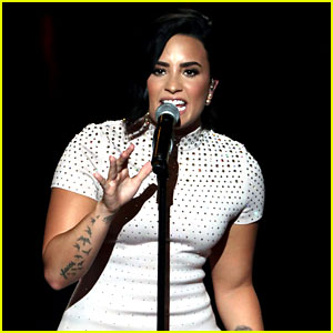 Demi Lovato Sings 'Confident,' Speaks About Mental Illness at DNC (Video)