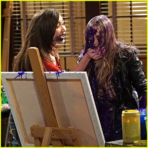 Riley & Maya Have Another Paint Fight on 'Girl Meets World' Tonight