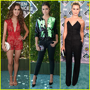 Laura Marano & Maia Mitchell Present Together at Teen Choice Awards 2016