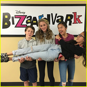 'Bizaardvark' Cast Wraps Production on Season One