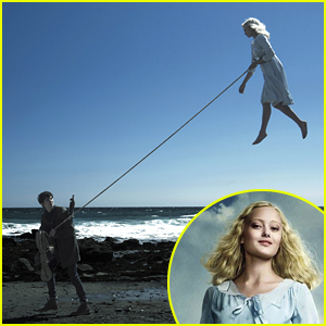 Ella Purnell Dishes on Flying in 'Miss Peregrine's Home for Peculiar Children'