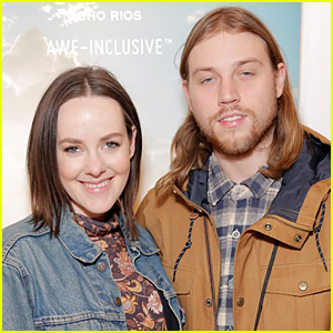 The Hunger Games' Jena Malone is Engaged!