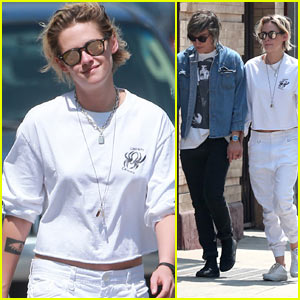 Kristen Stewart & Alicia Cargile Hold Hands While Heading to Lunch!