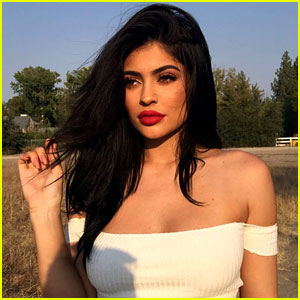 Kylie Jenner Does a Twitter Q&A About Her Breasts