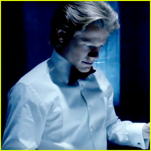 Lucas Till Brings The Action In New 'MacGyver' Trailer - Watch Now!