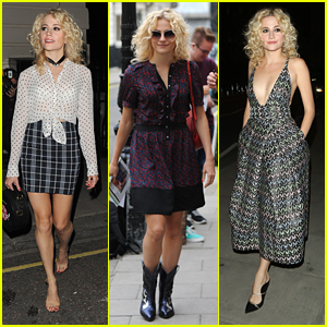 Pixie Lott Ditches Her Shoes While Leaving The Theatre