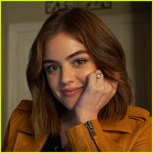 Get a Closer Look at Aria's Engagement Ring on 'Pretty Little Liars'!