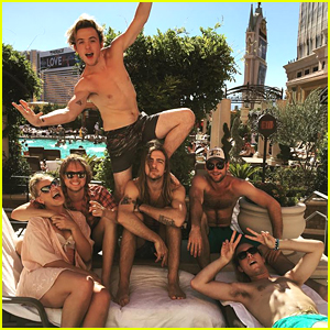 Rydel Lynch Celebrates 23rd Birthday in Vegas With R5