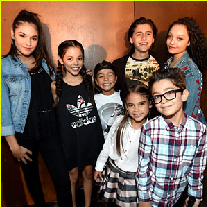 'Stuck in the Middle' Cast Unites at JJJ's Disney Mix Party!