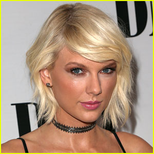 Taylor Swift Has Jury Duty, Signs Autographs & Snaps Selfies with Jurors!