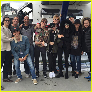 'Descendants 2' Cast Tweets Sea Plane Adventure Co-Piloted By Jedidiah Goodacre