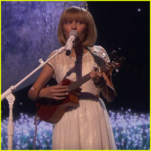 Watch Grace VanderWaal Sing 'I Don't Know My Name' on 'America's Got Talent' Finale!