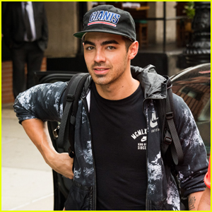 Joe Jonas & Demi Lovato Weren't Really Trapped in an Elevator