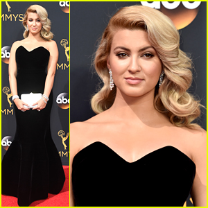 Tori Kelly Looks Amazing For Her First Emmys