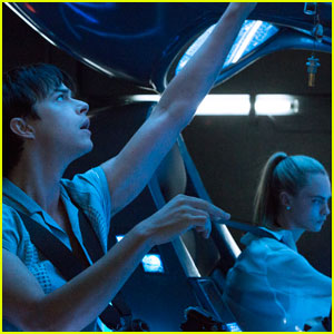 Cara Delevingne Appears in New 'Valerian & the City of a Thousand Planets' Images!