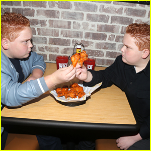 Benjamin & Matthew Royer Have Hot Wings Food Fight in NYC