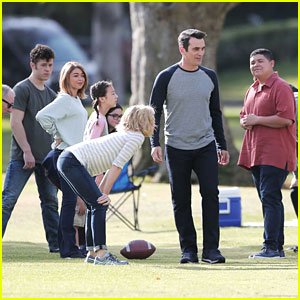 'Modern Family' Kids Take on Adults in a Game of Football