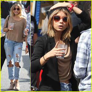 Sarah Hyland Enjoys Day At Farmer's Market