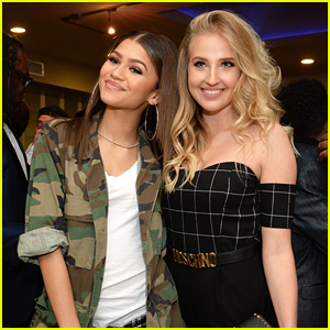 Zendaya Supports Veronica Dunne at Her Broadway Debut in 'Chicago'