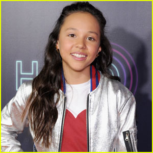 VIDEO: School of Rock's Breanna Yde Covers 'Say You Won't Let Me Go'!