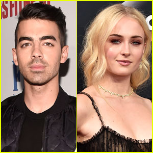 Joe Jonas & Sophie Turner Caught Kissing: 'They Seemed Pretty Comfortable'
